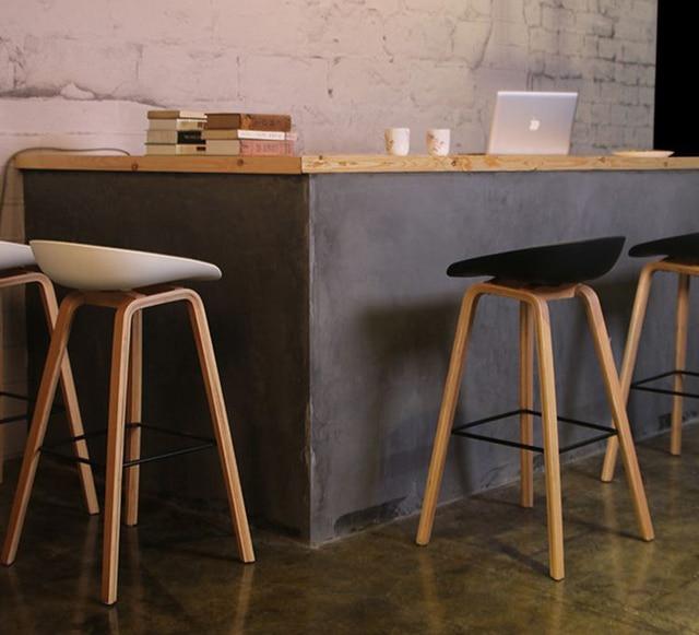 Minimalist Modern Design Solid Wood Pp Plastic Bar Chair Northern Wind Fashion Creative Counter Stool Por Furniture
