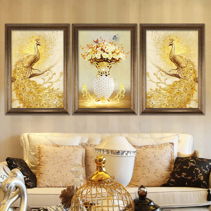 Retro America Gold Peacock Canvas Painting Room Background