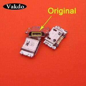 Image 1 - 100 pcs/lot Micro mini USB Port De Charge prise Connecteur Pour Samsung J5 SM J500 J1 SM J100 J100 J500 J3 J300F J7 J700 J700F
