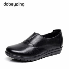 High Quality Genuine Leather Womens Casual Shoes Non Slip Flats Shoes Women Soft Mother Loafers Slip On Shoes Big Size 35 43