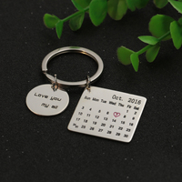 Personalized Calendar Tag Dis KeyChain Customized Memorial Date Round Tag Keepsake Jewelry Birthday Christams Gift