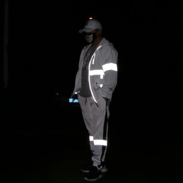 New Reflective Jacket Men Women Harajuku Windbreaker Jackets Hooded Hip-Hop Streetwear Night Shiny Zipper Coats Jacket