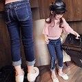 2-6Yrs Meninas Do Bebê Calças Jeans 2017 Calças Jeans Da Moda Meninas Para A Primavera Outono das Crianças Denim Calças Crianças Azul Escuro Projetado calças