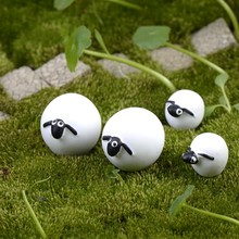 1Pcs Cute Cartoon Ball White Sheep Mother Son DIY Resin Fairy Garden Craft Decoration Miniature Micro Gnome Terrarium Gift F0896(China)