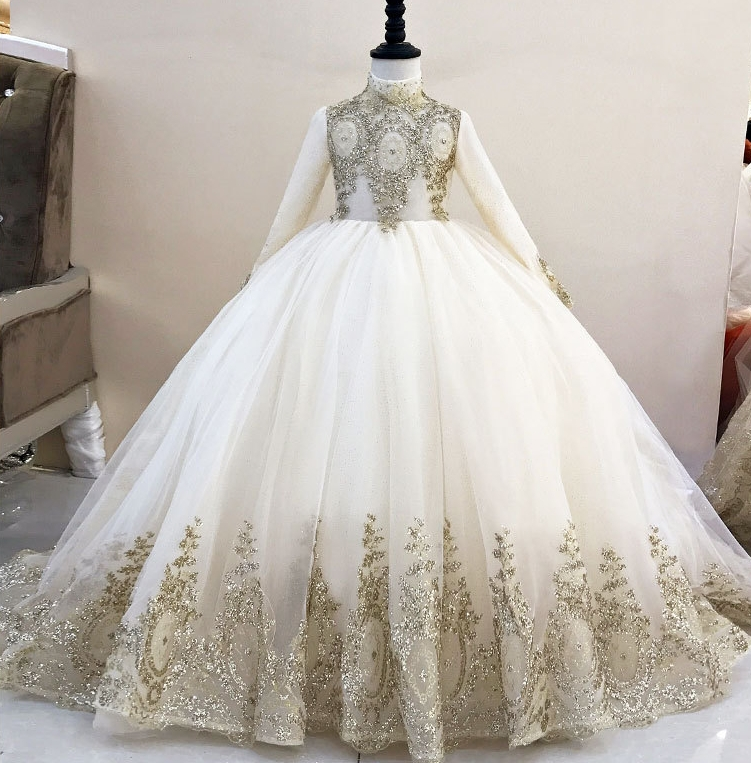 2019 Royal Flower Girl Dress for Weddings Tulle Lace Beaded Ball Gown Girl Party Communion Dress Pageant Gown Gold Color
