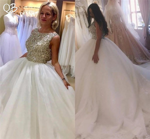 Custom Made Princess Fluffy Long Train Crystal Beaded Sequins Luxury Wedding Dresses 2019 New Fashion Wedding Gowns DW164