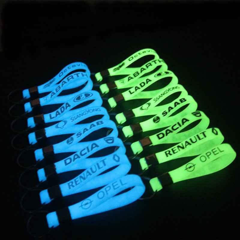 Светящийся силиконовый стикер автомобиля брелок для ключей для автомобиля Audi A4 B5 B6 B8 A6 C5 A3 A5 Q5 Q7 BMW E46 E39 E90 E36 E60 E30 F30 X5 E53 OPEL