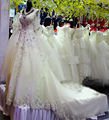 Vestido de noiva 2017 hot sale sweetangel Charming Luxury A Linha V Neck Cristal Beading Mangas Meia Applique Tribunal Trem