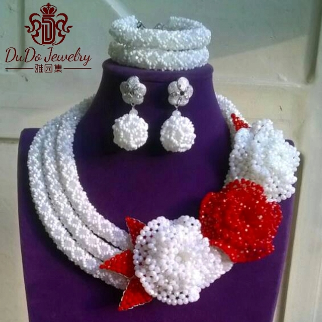 Big Design Costume Jewelry Set Fashion Pure White African Beads With Handmade Flowers Nigerian Wedding Jewelry Sets Ball Earring