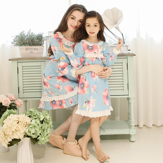 Family Matching Pajamas Mother Daughter baby Pajamas set mommy and me Girls nightgown  pyjamas Mother and Daughter Dresses blue 8e0afef20