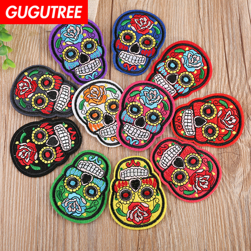 GUGUTREE embroidery skull patches flower badges applique for clothing YX-248