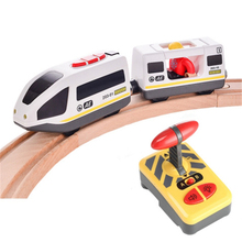 Tren Eléctrico con Control remoto para niños, juguete con ranura magnética, Compatible con Brio, pista de madera