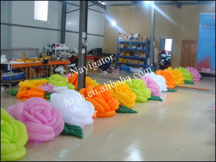 Colorful Inflatable Rose Flowers for Wedding Decoration