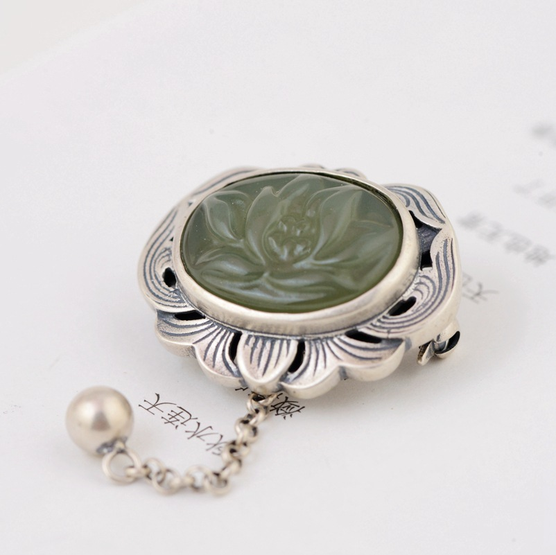 silver inlay hetian jade Thai silver wholesale beautifully minimalist brooch female pendant accessories new products s925 sterling silver inlaid natural stone thai silver beautiful burning blue brooch female pendant new products