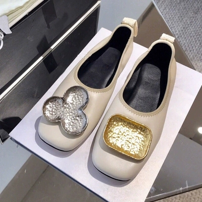 2019 spring new flat single shoes female grandmother shoes square head shallow mouth wild casual metal buckle ballet shoes2019 spring new flat single shoes female grandmother shoes square head shallow mouth wild casual metal buckle ballet shoes