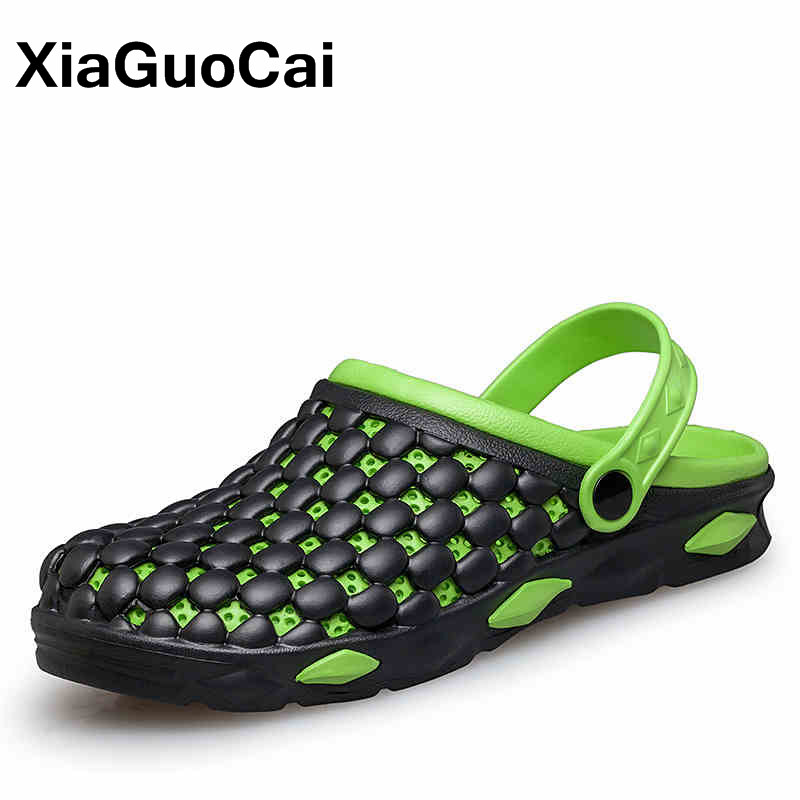 XiaGuoCai 2018 Summer Fashion Men Garden Shoes Breathable Mules Non-slip Men Clogs Slippers Casual Male Beach Shoes Sandals casual women sandals 2017 summer shoes mixed color mesh breathable garden shoes outdoor mules