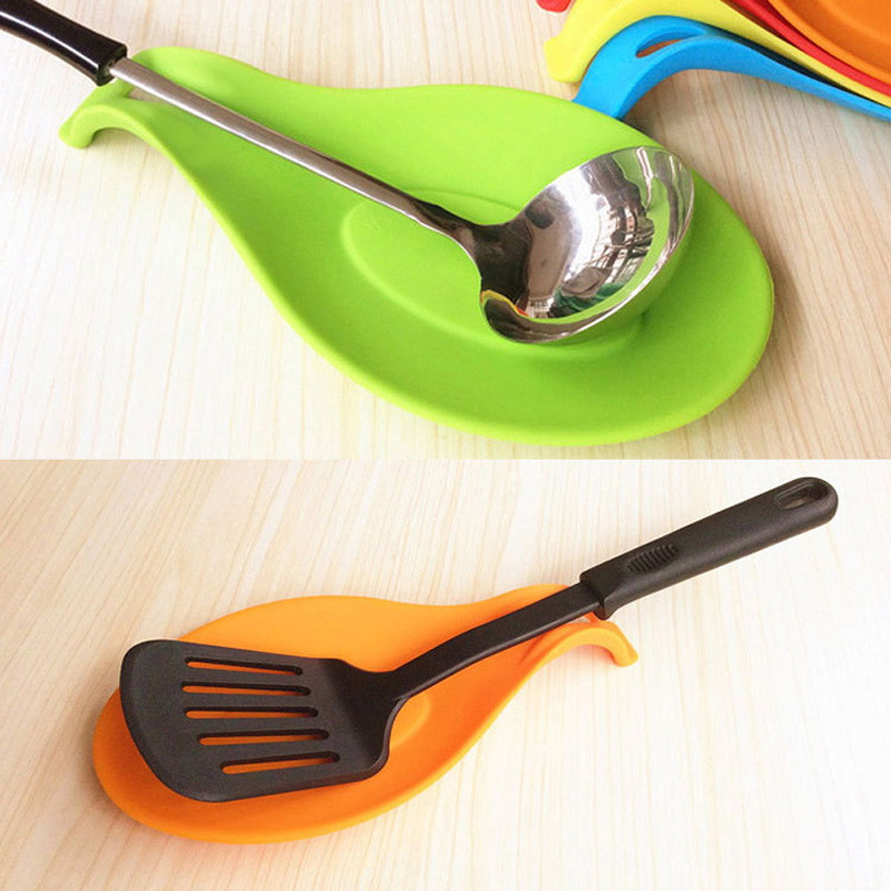 Attractive 1pc Silicone Spoon Insulation Mat Silicone Heat Resistant  Placemat Drink Glass Coaster Tray Spoon Pad Kitchen Tool