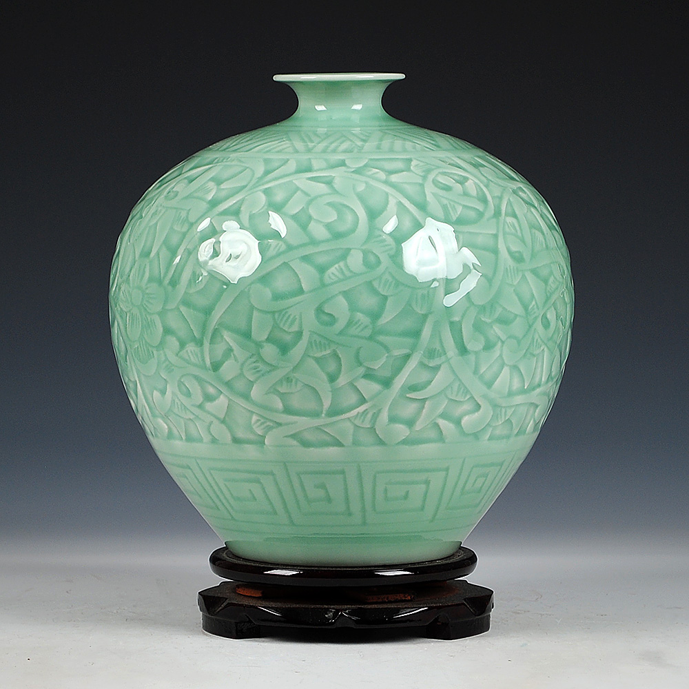Antique Jingdezhen Chinese Ceramic Green Engraving Jade Vase Wedding DecorationWhite Porcelain Vase Flower Vase Gift