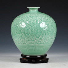 Фотография Antique Jingdezhen Chinese Ceramic Green Engraving  Vase Wedding DecorationWhite Porcelain Vase Flower Vase Gift