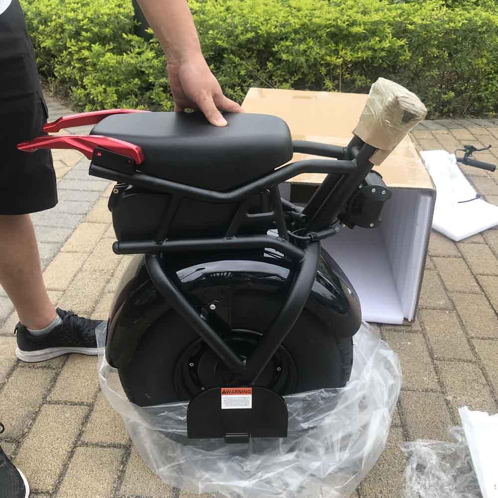 Hovershoes similaire intelligent auto équilibrage une roue scooter électrique monocycle avec 18 pouces gros pneu 1000 w rouleau, planche à roulettes/patin