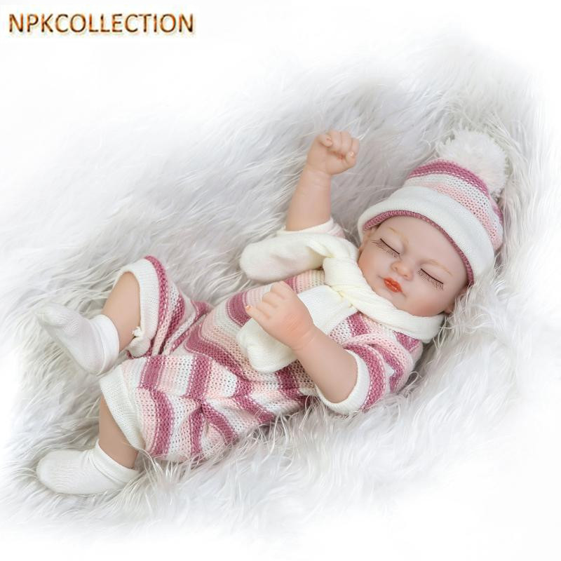 NPKCOLLECTION 22CM Soft Silicone Reborn Dolls Baby Realistic Doll Reborn 9 Inch Full Silicone Bonecas Baby Alive Toys for Kids lucy spraggan london