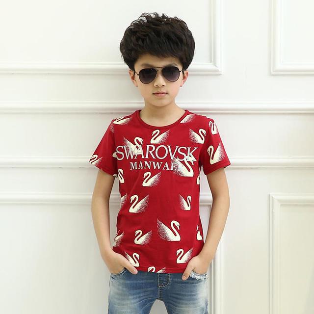 Venda quente novo projeto da chegada do verão de manga curta de algodão do bebê menino colete padrão cisne vermelho t shirt para as crianças boa material