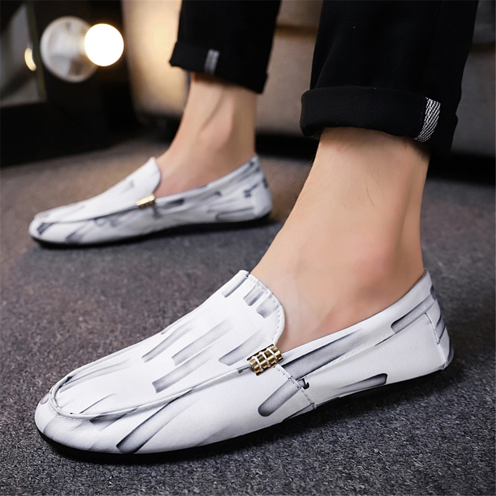 Causal Shoes Men Loafers Leather Moccasins Men Driving Shoes High Quality Flats For Man size 39-44
