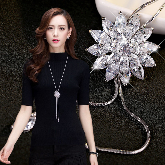 2019 Zircon crystal Rose Flower Long Pendant Necklaces Sweater Chain Fashion Met