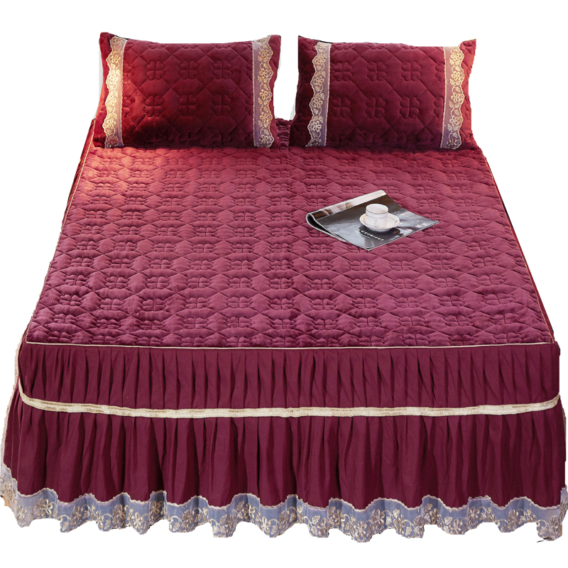 Bedspread Luxurious Soft Flannel Coverlet set - Quilted Embroidery Over sized Bed Cover Bed  150x200cm not including pillowBedspread Luxurious Soft Flannel Coverlet set - Quilted Embroidery Over sized Bed Cover Bed  150x200cm not including pillow