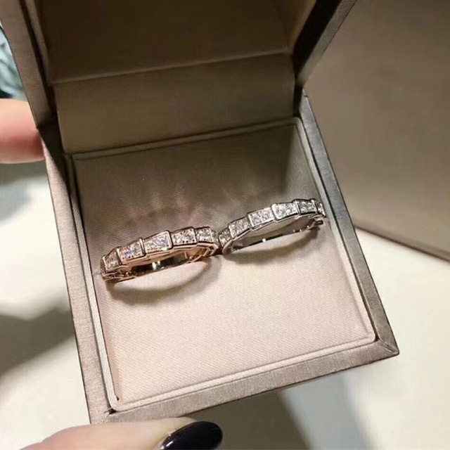цена на Brand Designer 925 Sterling Silver 3A Cubic Zirconia Exquisite snake ring wedding love ring Engagement
