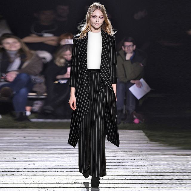df63602e29553 US $82.99  HIGH QUALITY New Fashion 2018 Designer Runway Suit Set Women's  Striped Long Trench Coat Pants Set-in Women's Sets from Women's Clothing on  ...