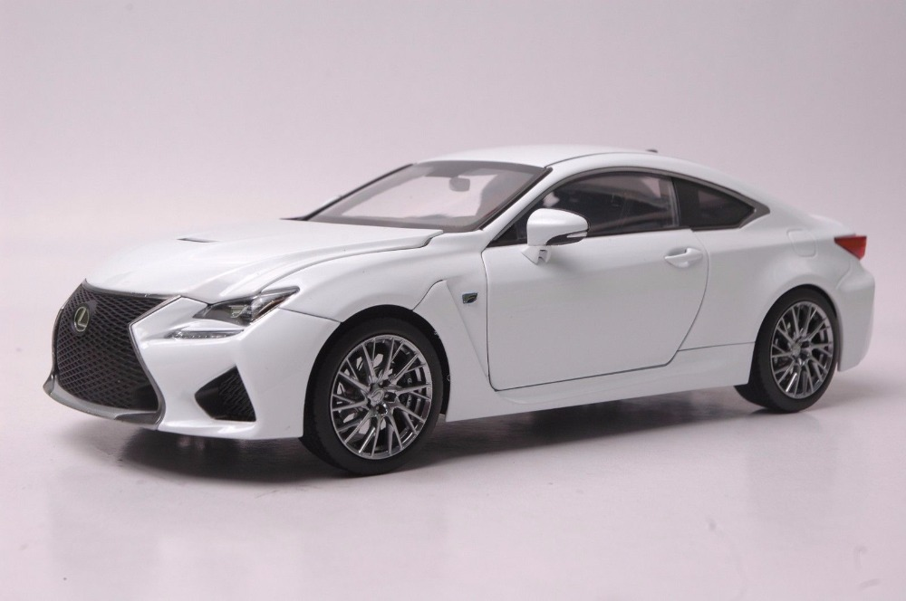 1:18 Diecast Model for Lexus RCF White Coupe Alloy Toy Car Miniature Collection Gift RC F 2015 new odyssey mpv origin 1 18 car model alloy fifth generation pearl white business car toy collection discast gift