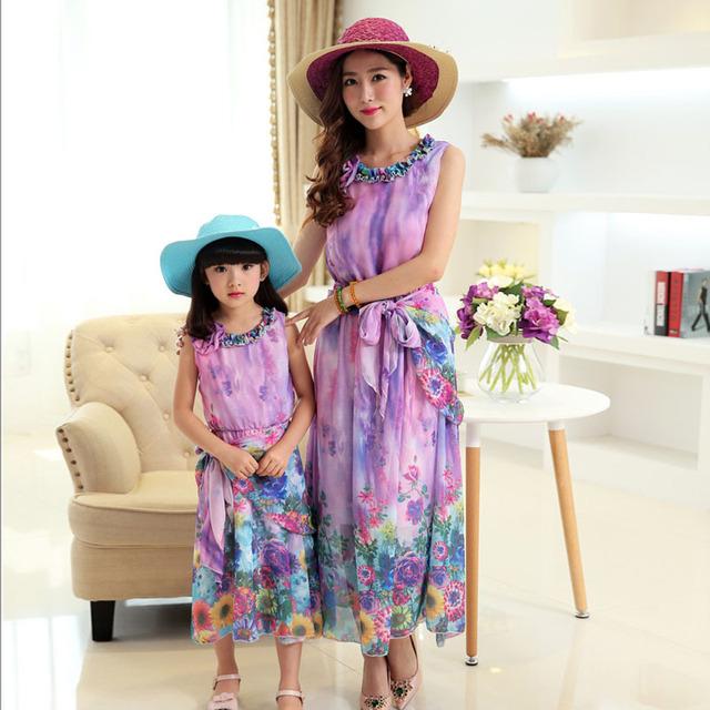 Vestidos madre hija ropa Bohemia niños vestido de verano de gasa holiday beach vestido de la muchacha family look 5-10 años