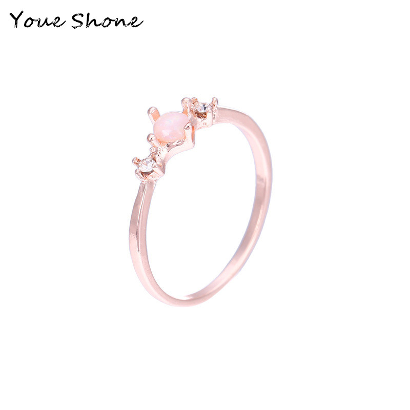 New fashion moonstone ring Women's Opal Rose Gold Engagement Ring Female jewelry accessories Metal alloy wedding ring