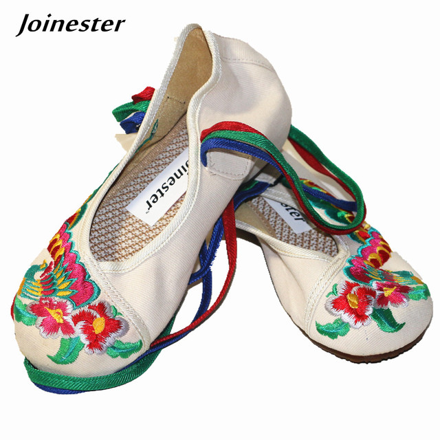 58f405c2a5325 Ethnic Floral Embroidery Spring Cotton Fabric Women Pumps Shoe Ankle Strap  Cross-tied Round Toe Wedges Casual Vintage Girl Shoe