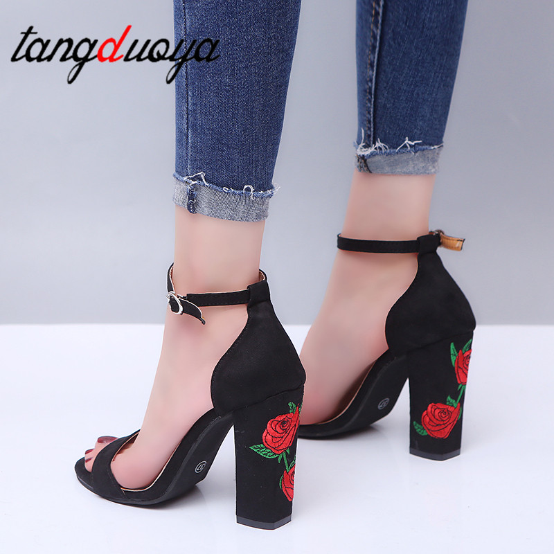 Embroidered Shoes Woman Sandal Embroider High Heel Women Sandals Ethnic Flower Floral Party Shoes Plus Size Zapatos Mujer 2019