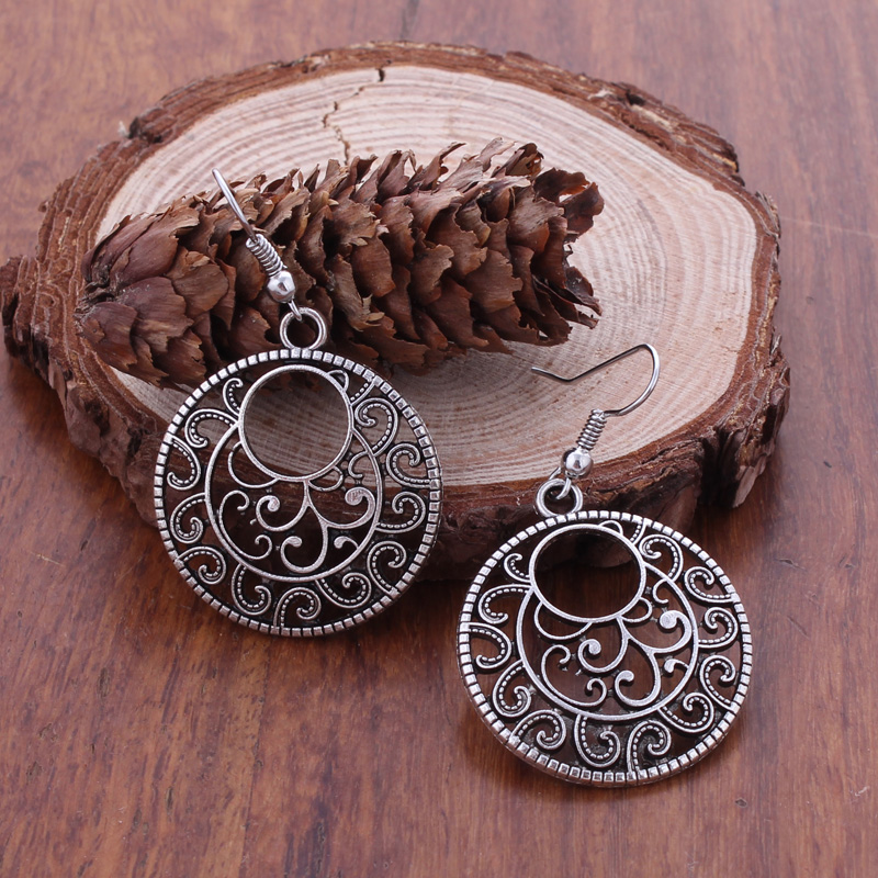 Fashion Statement Bohemian Vintage Ethnic Tibetan Silver Long Big Hollow Round Drop Earring Carved Flowers Drop Earrings Women