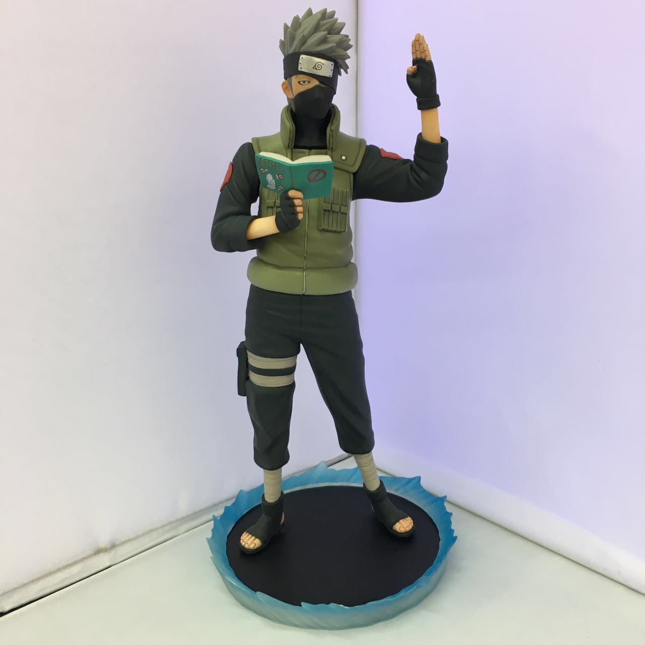 Naruto Kakashi Hatake Action Figure Sharingan Ver. Kakashi Doll PVC Action Figure Collectible Model Toy 30cm KT3510 free shipping 12 naruto anime ninja copiador hatake kakashi light blade stand boxed 30cm pvc action figure collection model toy