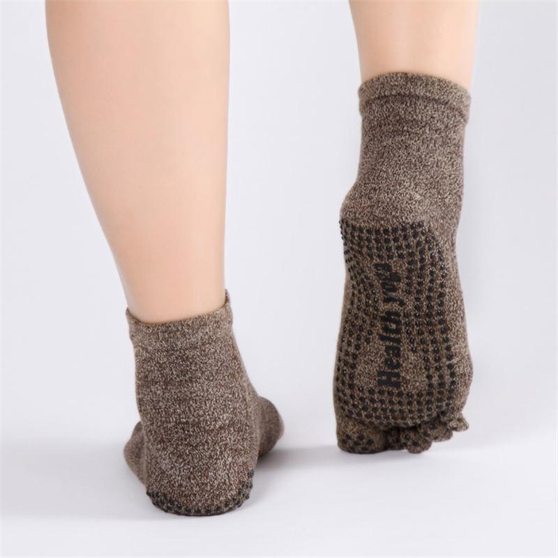 Pure-Cotton-Men-s-Yoga-socks-Non-Slip-Skid-Absorb-Sweat-Breathable-5-Toe-Grips-Pilates (3)