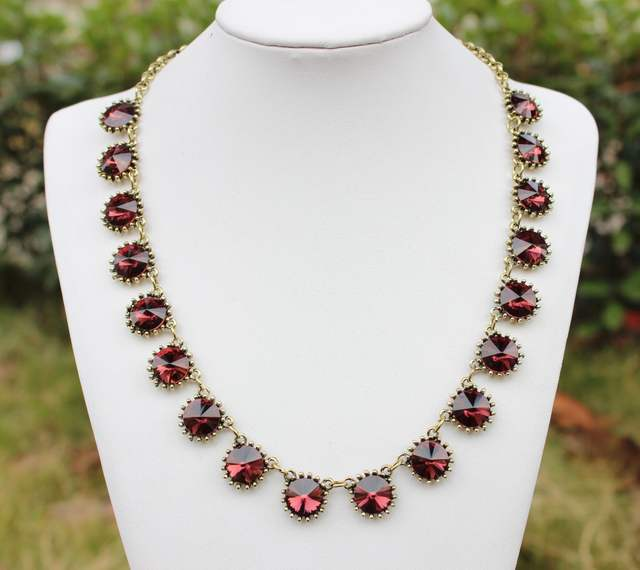 7421c4bbe8 US $5.49 31% OFF Fashion Jewelry Brand Style Vintage Choker Glass Crystal  Dot Venus Flytrap Statement Bib Necklace for Women 5 colors option-in  Choker ...