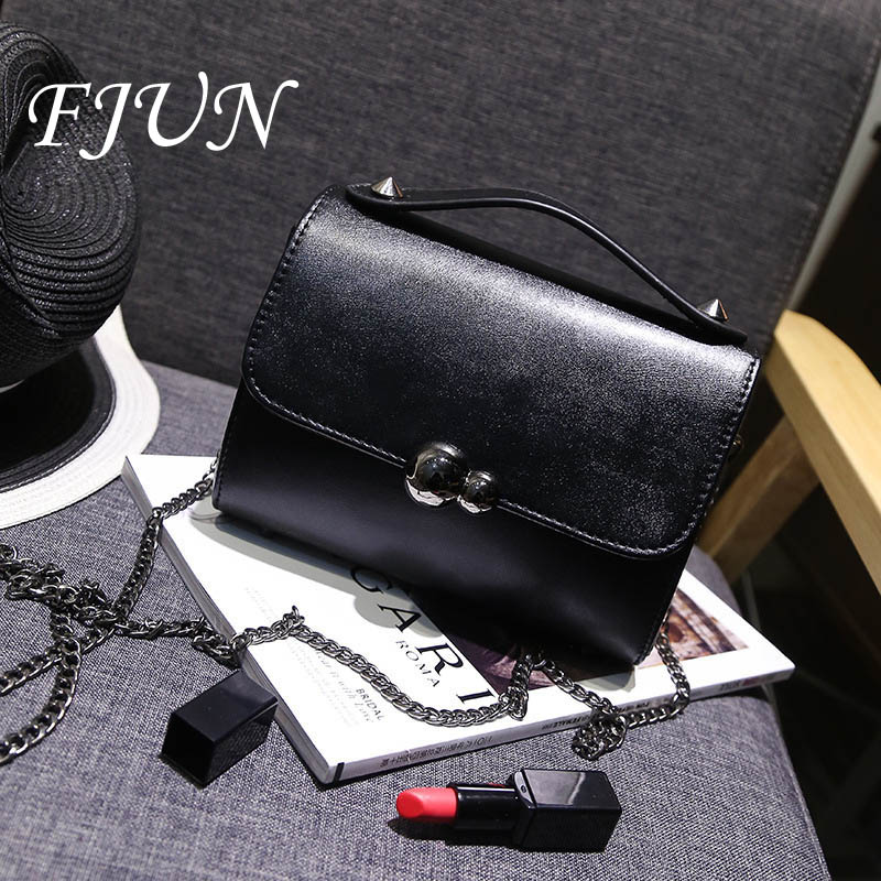 FJUN 2018 Factory Price!Women Classic Box Leather Messenger Bag,Female Crossbody Small Flap Bags Famous Stewardess Shoulder Bags
