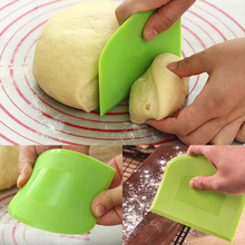 1pcs Hot Sale Cream Smooth Cake Spatula Baking Pastry Tools Dough Scraper Kitchen Butter Knife Dough Cutter