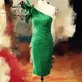 Diseñador Longitud de La Rodilla Vestidos de Cóctel Ruffles de Un Hombro Verde de Satén Volver Dividir 2017 Vestido Curto, Vestido de Partido Atractivo