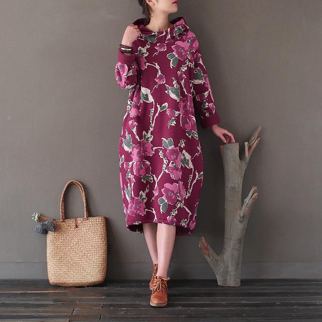 SERENAMENTE 2017 Vestido Inverno Fleece Espessamento Projeto Longa tendência Nacional Do Vintage Vestido de Algodão Com Capuz Solto Plus Size Camisola