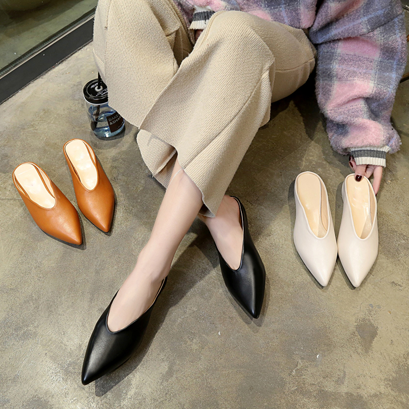 Women Flat Shoes Brand 2019 Fashion Mules For Women PU Leather Pointed Toe Slip On Flip Flops Women Slipper
