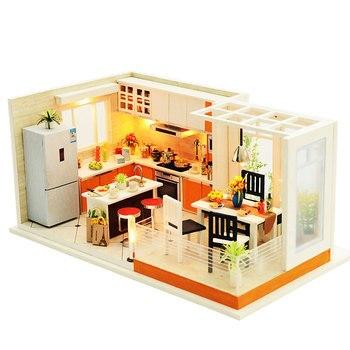 Mobili Casa di Bambola fatta a mano Miniatura Fai Da Te Case di Bambola In Miniatura Casa Delle Bambole Da Cucina In Legno Giocattoli Per I Bambini Regalo Di Compleanno