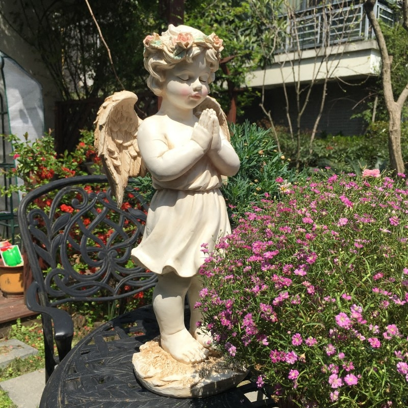 Retro Angel Statue Beauty Sculpture Colophony Crafts Pink Garland Lips Figure Garden Park American Country Home Decoration L3244