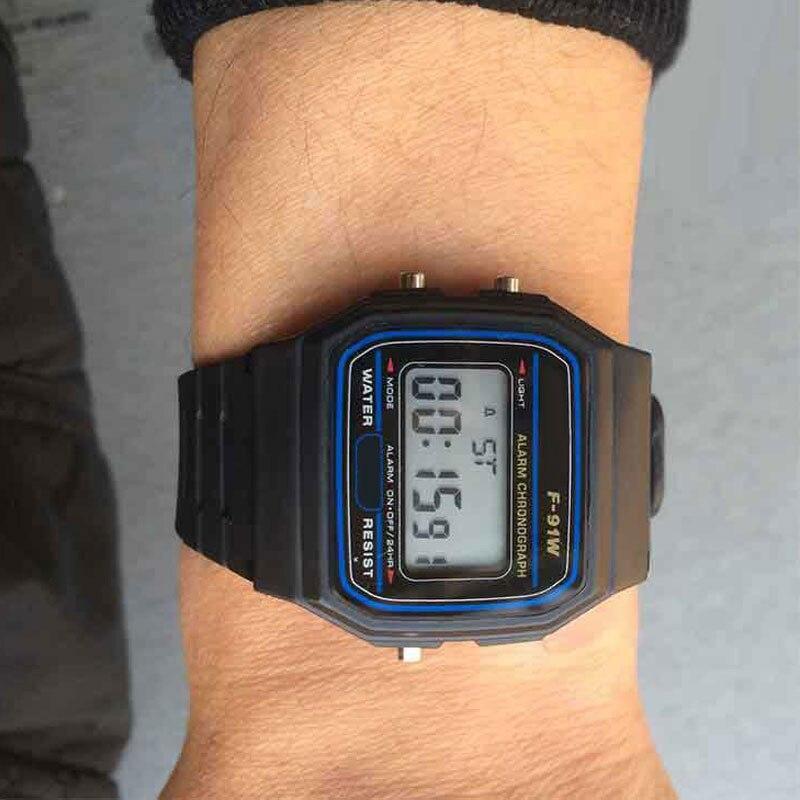 Hot luxe marque design LED montre mode multifonction vie étanche montre pour hommes pas cher électronique numérique montres relojes