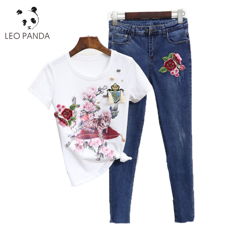 5052a439b295 Summer Casual Women Diamond Floral Print TShirt Ripped Denim Cropped  Trousers New Fashion Girl Suit Two-piece (Tees+Jeans Pants)