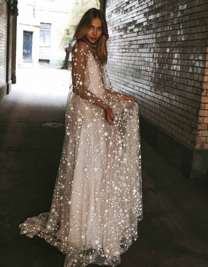 2019 New Boho Sequins Wedding Dresses Summer Beach Boho Chic